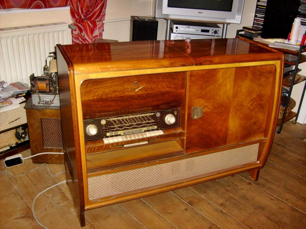 Ламповые радиоприёмники деда Панфила - Страница 5 83f3086e4bf94bc0a81ac2df7981d748