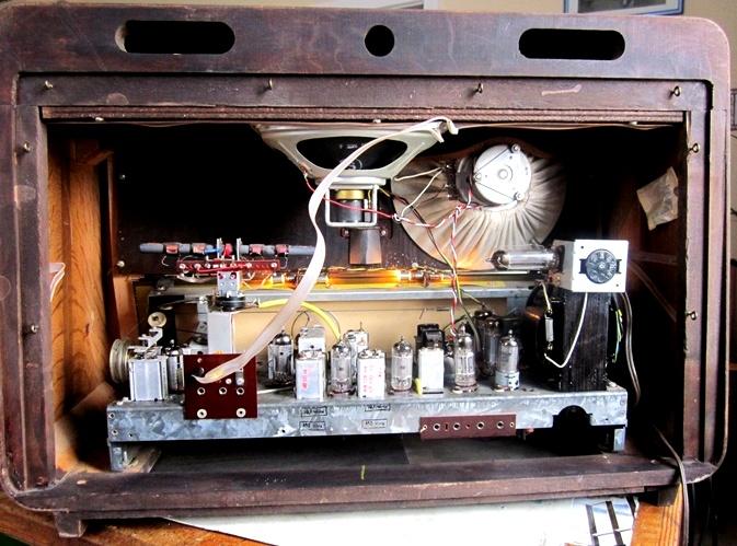Ламповые радиоприёмники деда Панфила - Страница 5 89c65461fa26d43398f848746d54e782