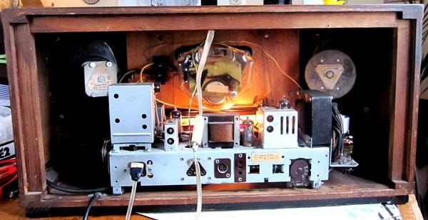 Ламповые радиоприёмники деда Панфила - Страница 6 9bd2ebaf1c75f2083f8fc1255d9ea574