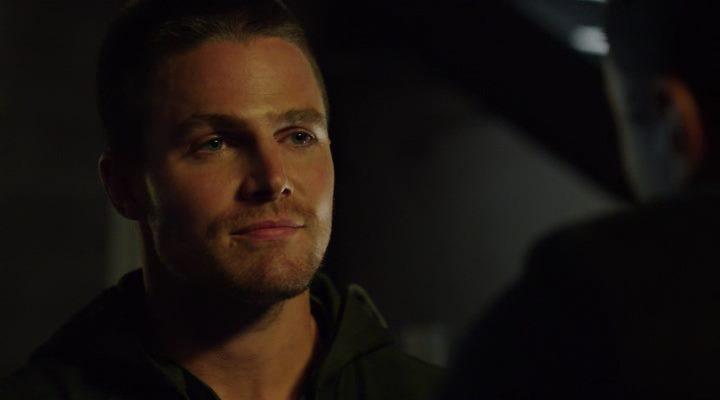 Стрела / Arrow (3 сезон 1 серия из 23) (2014) WEB-DLRip | LostFilm
