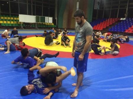 Расул Мирзаев провел мастер-класс в Нальчике