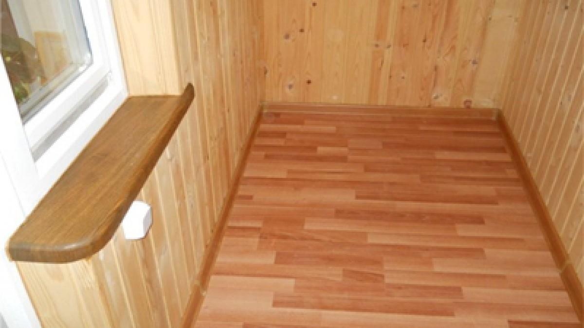 Обшивка кімнат та коридорів деревяной вагонкой * ровенская б.