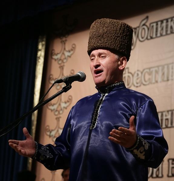 В Нальчике собрались любители старинной балкарской песни