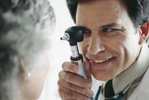 Нарушение зрения у пожилых людей