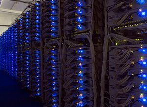Куда смотреть выбирая сервера.