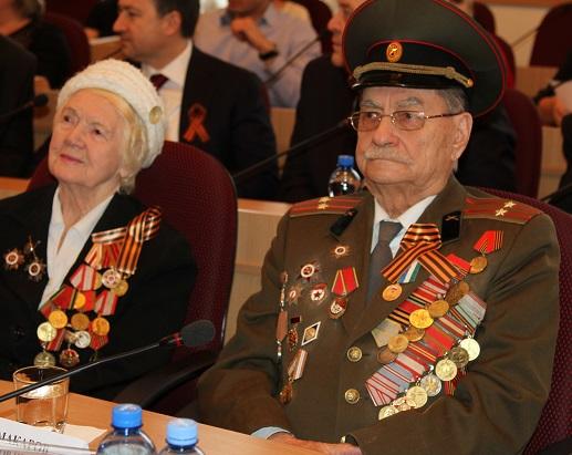 Награждение ветеранов в Парламенте КБР