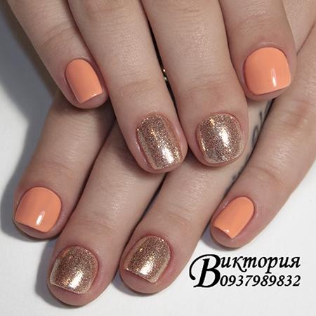 Зеркальный дизайн ногтей блестками