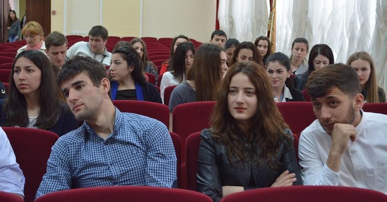 Молодежь Нальчика примет участие  в форумах «Таврида-2015» и «Машук-2015»