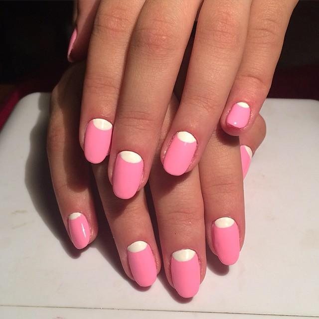 Фото ногтей гелевых с лункой