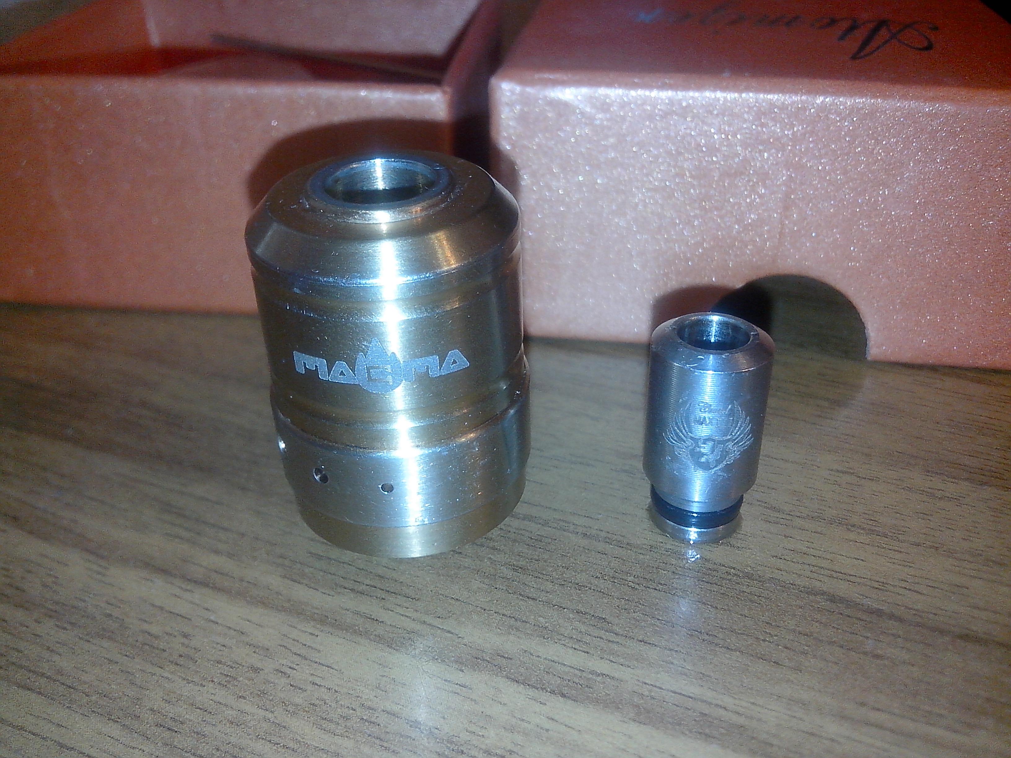 Продам nemesis, magma, аккумулятор, жидкость + куча плюшек 262