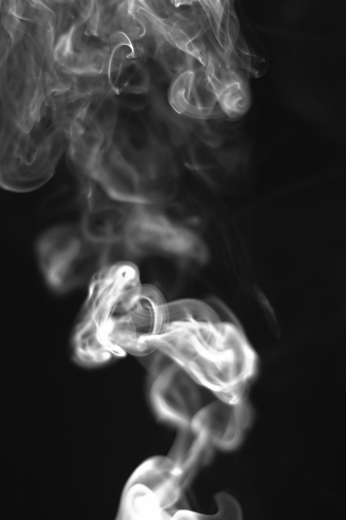 Студийная фотосессия с дымом счастью, сохранились