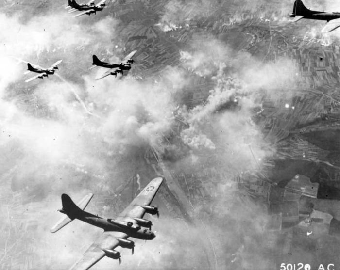 b17_schweinfurt17.08.1943.jpg