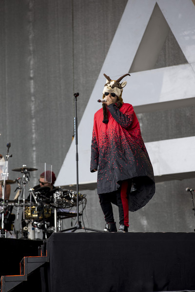 Jared+Leto+Thirty+Seconds+Mars+Perform+Top+84jtpuec55-l.jpg