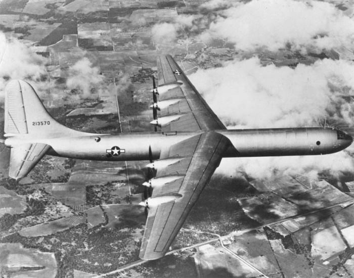 XB-36_first_flight.jpg