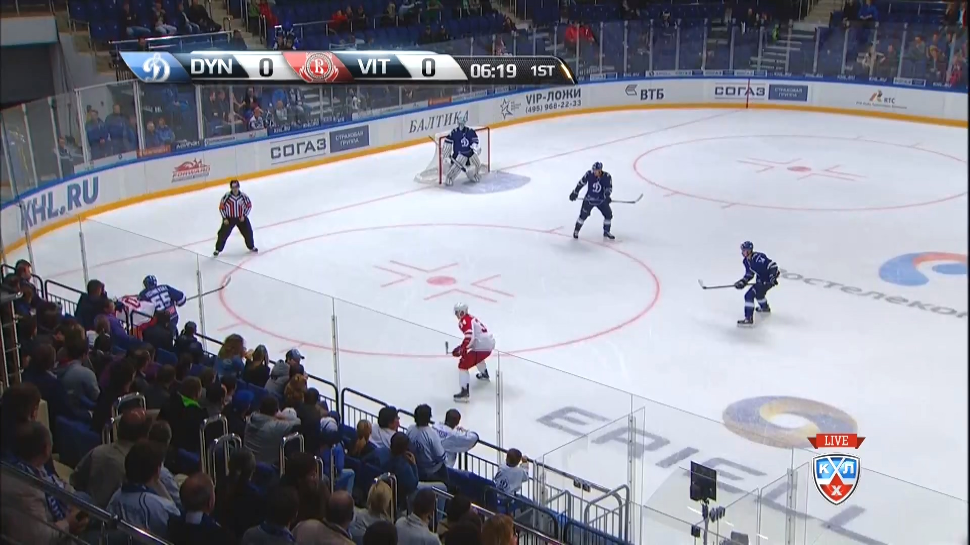 KHL.2015.09.04.DynM@Vityaz.1080p25.mkv_20150905_154808.593.jpg