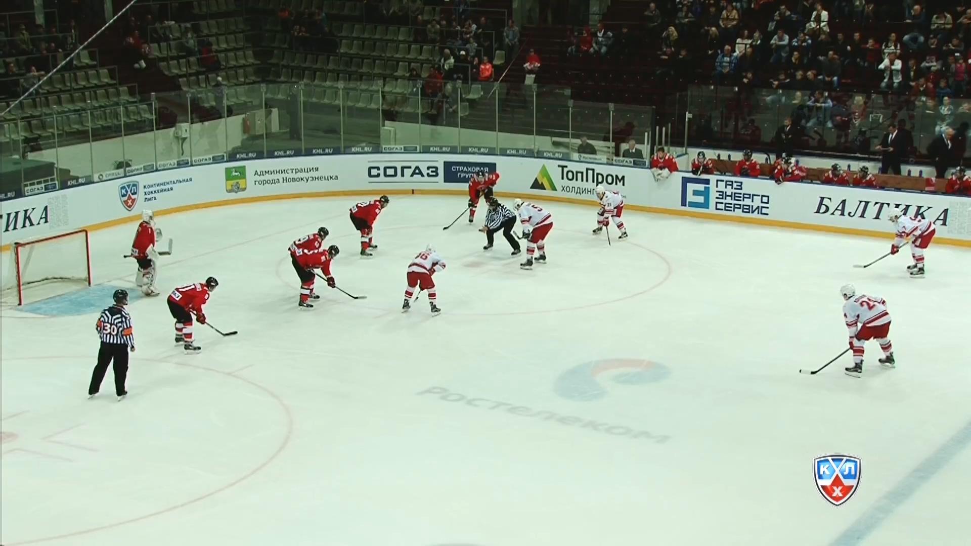 KHL.2015.09.04.MetNK@Spartak.1080p25.mkv_20150905_153400.765.jpg